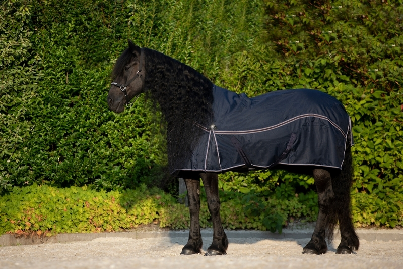 DKR Sports Rain Rug Big Neck with fleece-lining